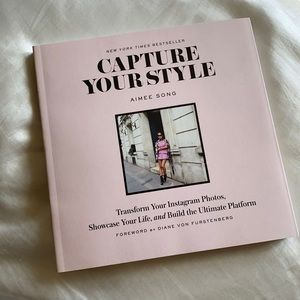 CAPTURE YOUR STYLE By Aimee Song NWOT